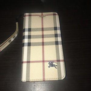 Burberry iPhone 7 Plus phone case